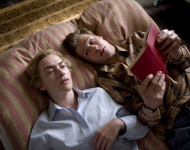 reader-winslet-kross-1